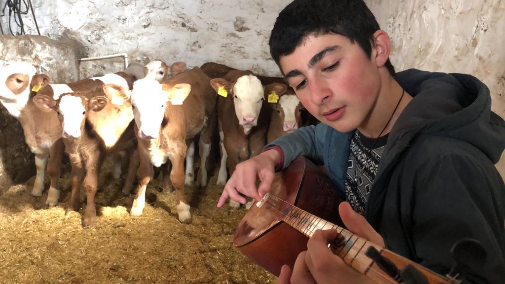 -buzagilara-muzik-ziyafeti-(2).jpg