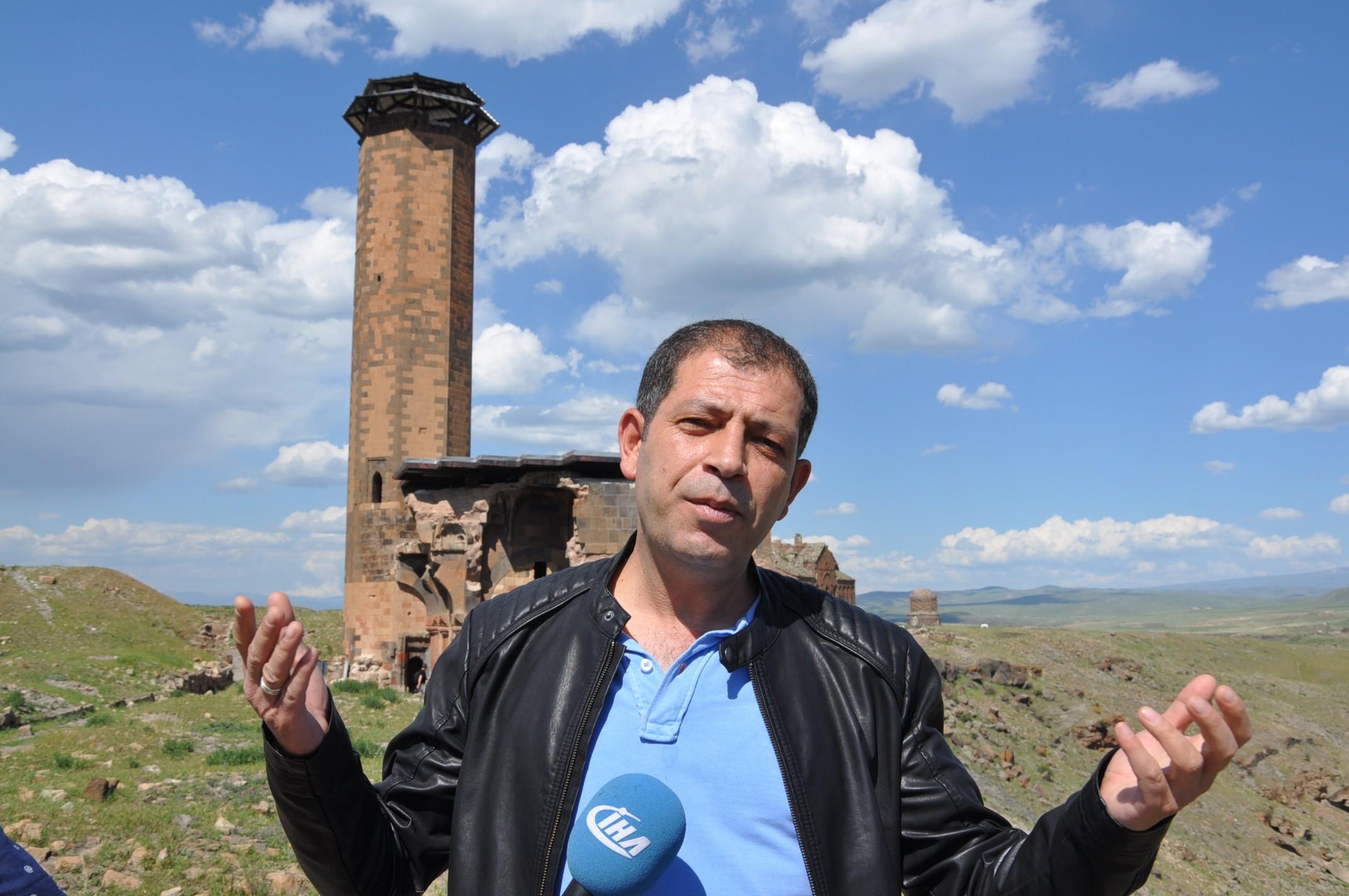 anadolu'daki-ilk-turk-camisi-ebul-menucehr-(8).jpg