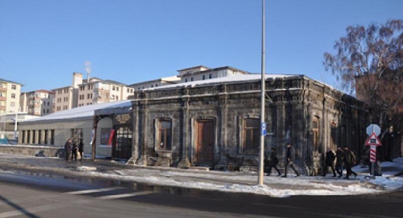aynali-kosk-kultur-ve-sanat-merkezi-yenileniyor-(4).jpg