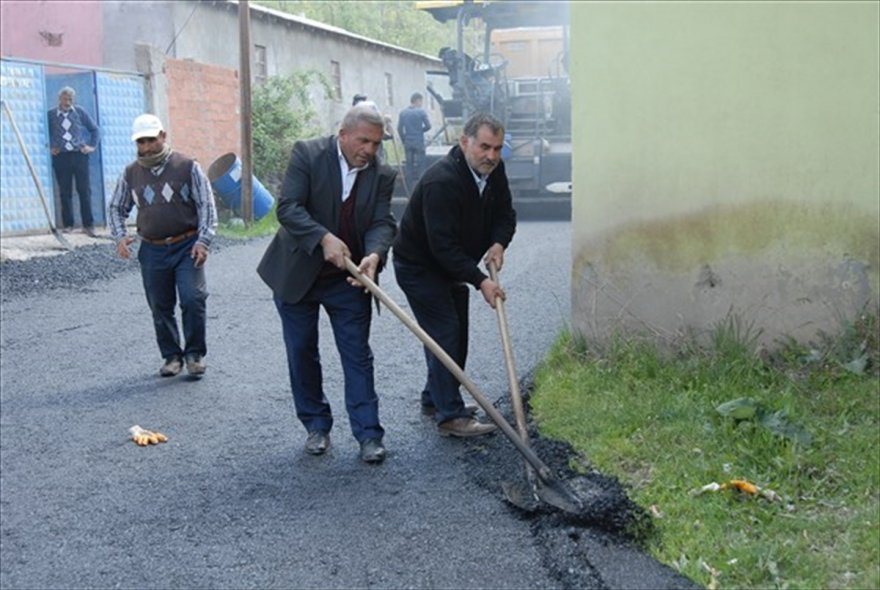 kagizmanda-asfalt-calismasi-(3).jpg