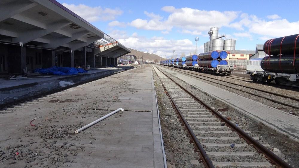 kars-tren-gari--(2).jpg