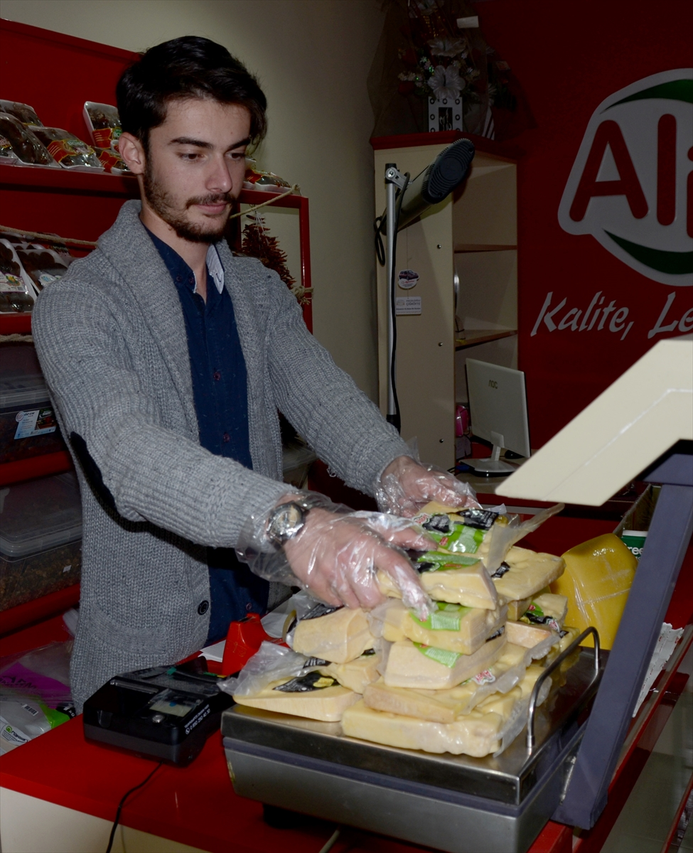 karsin-peynirleri-ozel-kutuya-girdi-(2).jpg