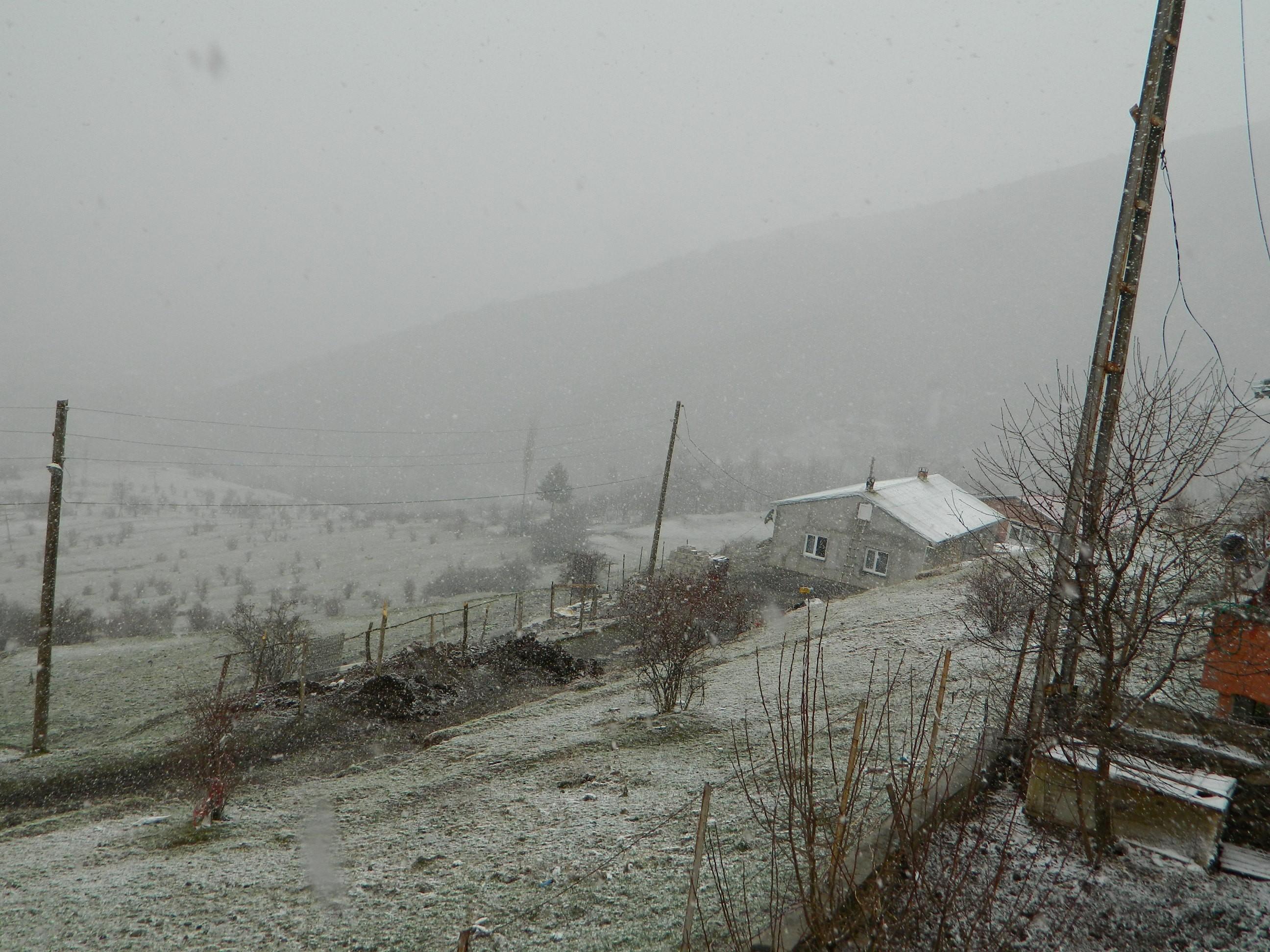 nisan-ayi-kar-yagisi--(1).jpg