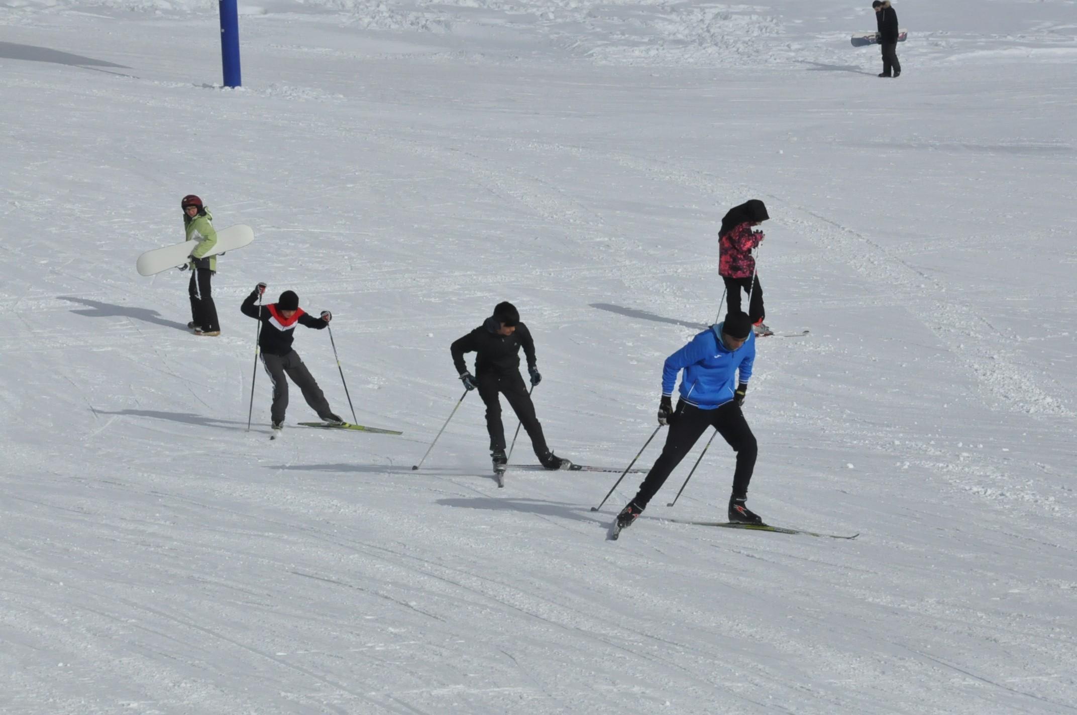 sarikamis-kayak-merkezi-aciliyor-(2).jpg