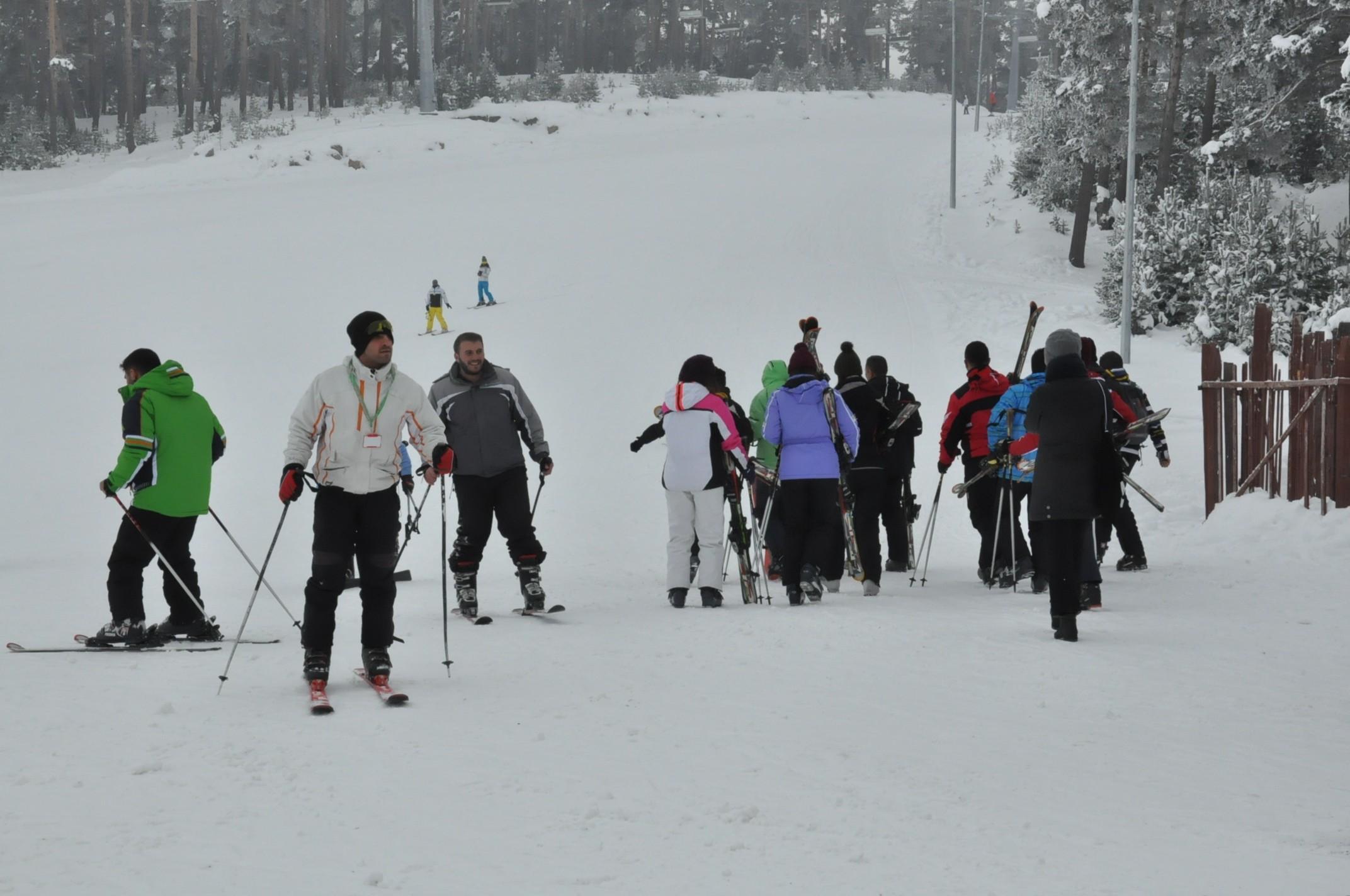 sarikamis-kayak-merkezi-aciliyor-(3).jpg